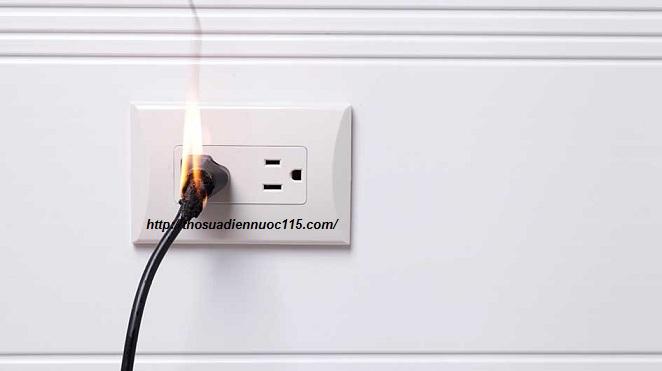 Dịch vụ sửa chữa điện nước tại Lĩnh Nam giá rẻ nhất.