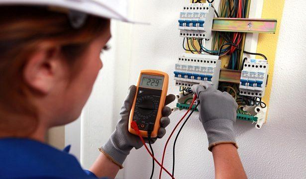 Thợ sửa chữa điện nước tại Linh Đàm nhiều năm uy tín.