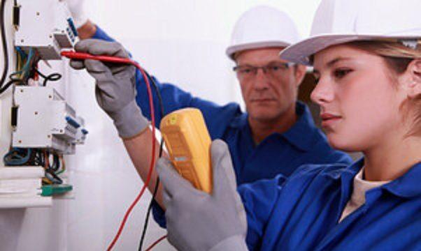 Thợ sửa chữa điện nước tại Định Công